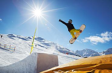 Snowboarden in Fiss